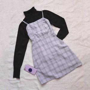 90's inspired plaid dress in light lavender blue